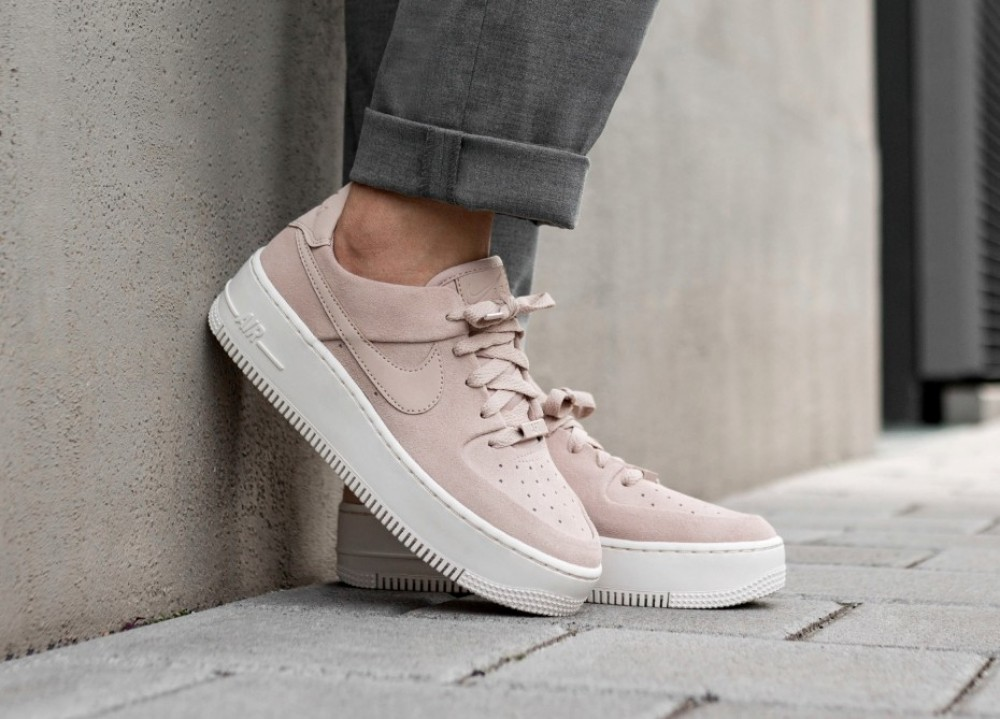 zapatillas casual de mujer air force 1 sage low nike