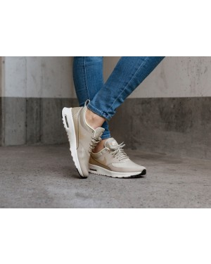 Nike Mujer Air Max Thea (String/Light Cream/Negras/Blancas) 599409-205