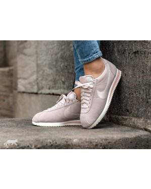 Nike Mujer Classic Cortez Suede (Desert Sand/Coral Stardust) AA3839-003