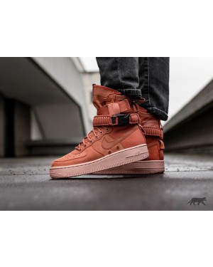 Nike Mujer SF Air Force 1 (Dusty Peach/Rosas) 857872-202
