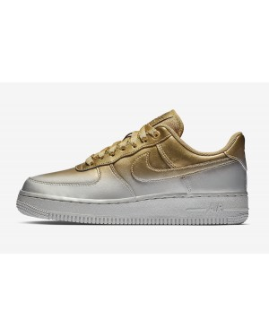 Nike Air Force 1 Low (Plateadas/Oro) 898889-012