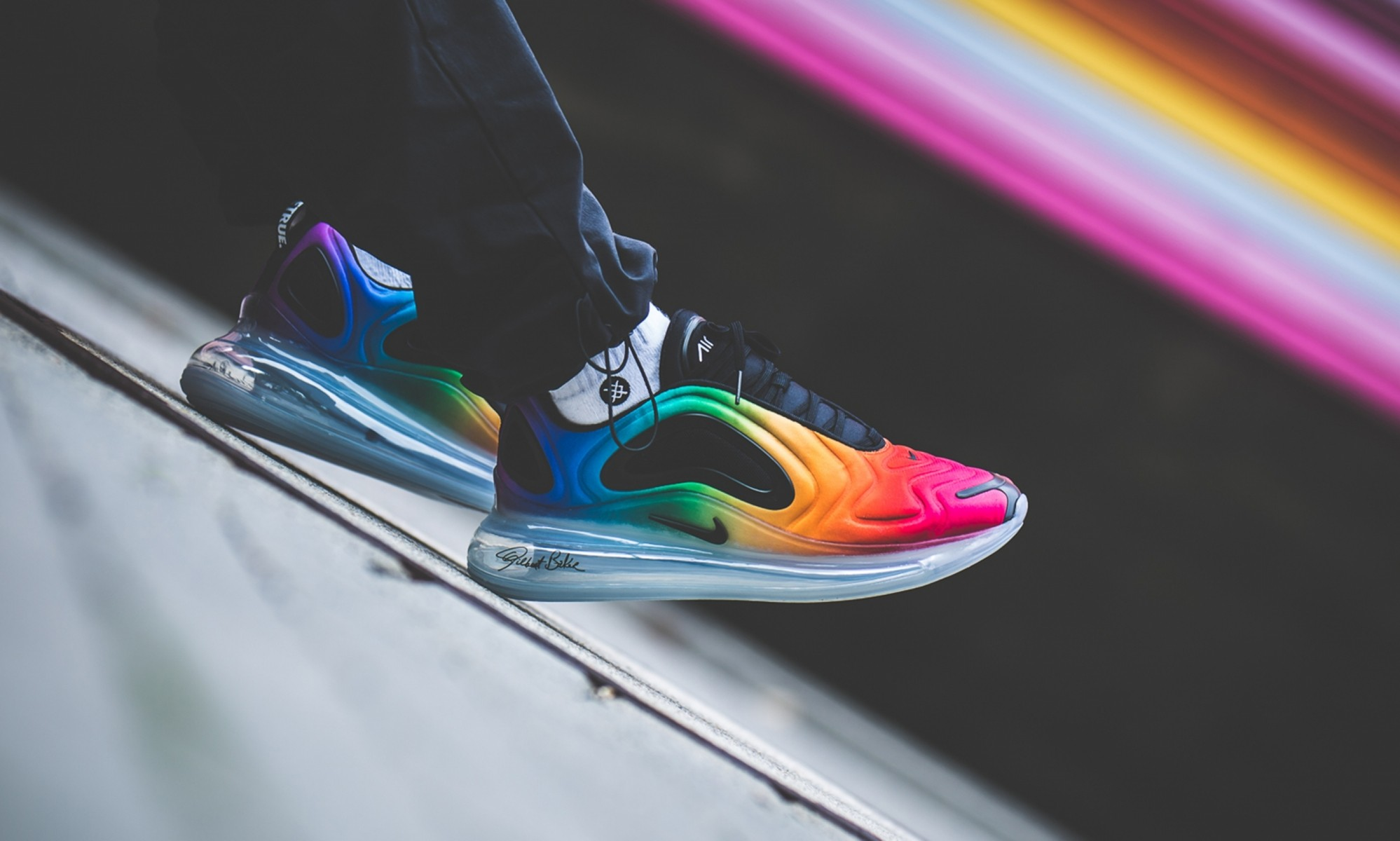"Nike Air Max 720 ""Be True"" (Multicolor/Negras-Blancas) CJ5472-900"