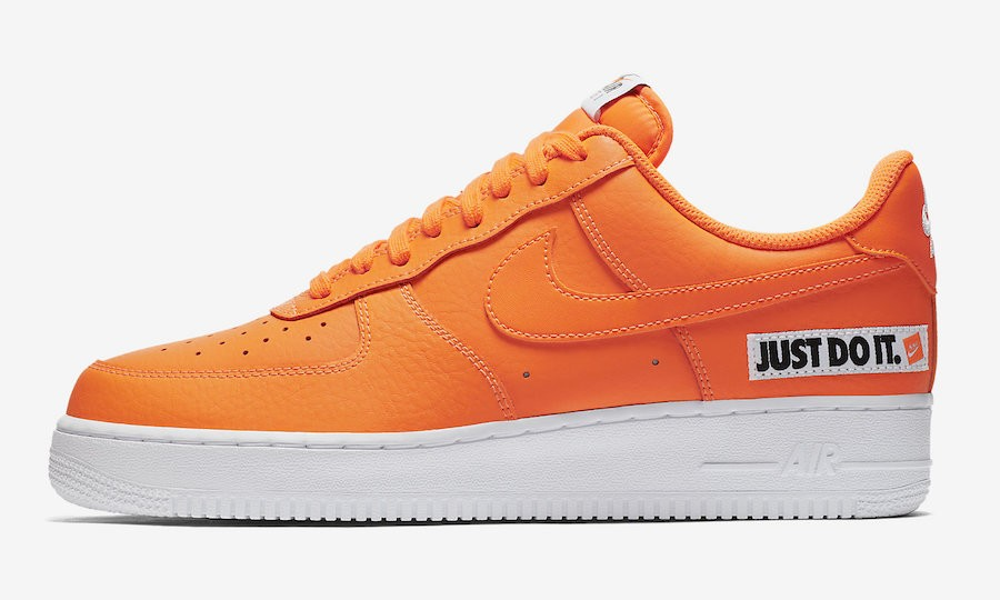 "Nike Air Force 1 Low ""Just Do It"" (Naranjas/Blancas/Negras) BQ5360-800"