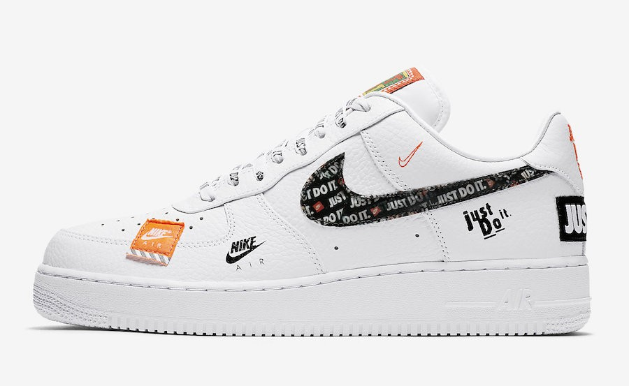 "Nike Air Force 1 '07 PRM ""Just Do It"" (Blancas/Negras/Naranjas) AR7719-100"