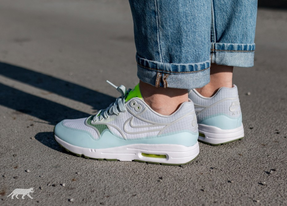 Nike Mujer Air Max 1 Ultra 2.0 SI (Blancas/Pure Platinum/Volt/Verde) 881103-101