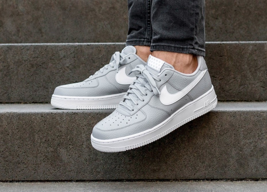 Nike Air Force 1'07 (Grises/Blancas) AA4083-013