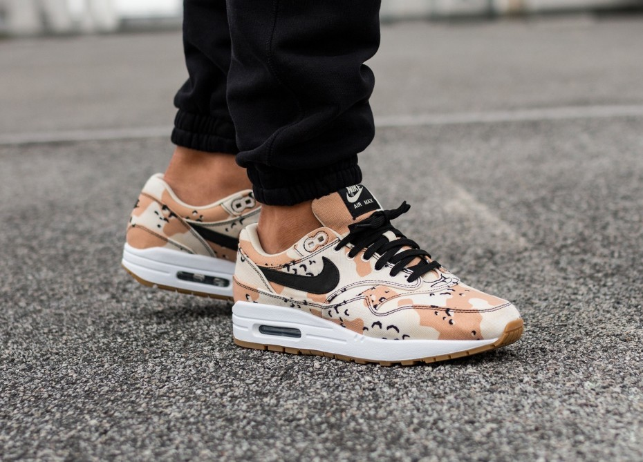 Nike Air Max 1 PRM *Beach Camo* (Beach/Negras/Praline/Light Cream) 875844-204