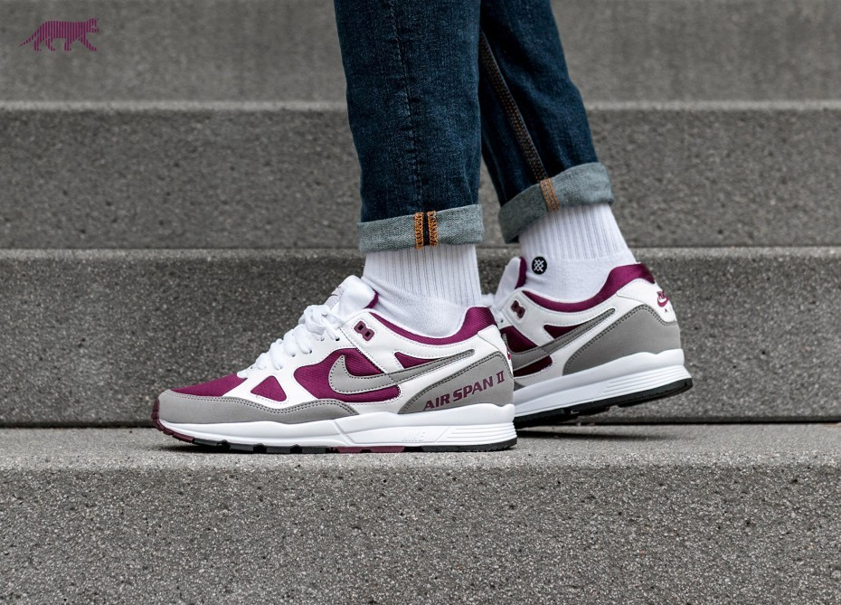 Nike Air Span II (Blancas/Dust/Bordeaux/Negras) AH8047-102