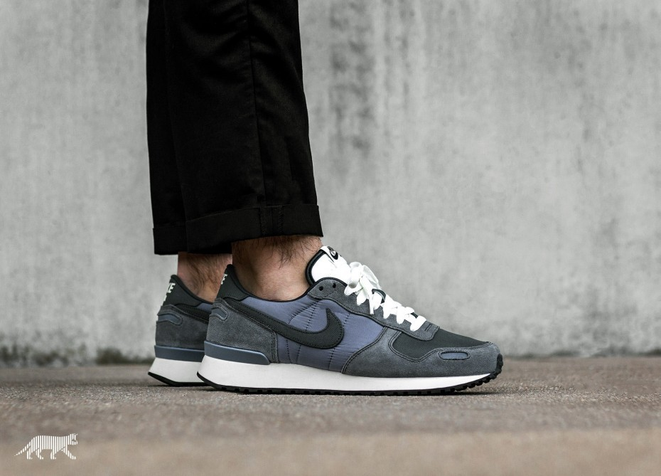 Nike Air Vortex (Light Carbon/Anthracite/Sail) 903896-005