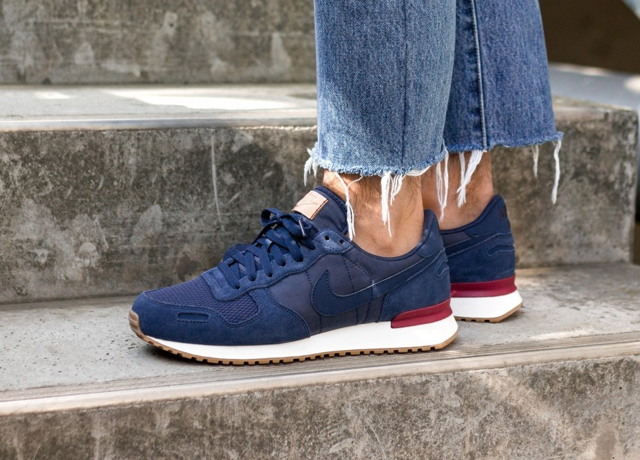 Nike Air Vortex (Navy/Navy/Rojas/Sail) 903896-403
