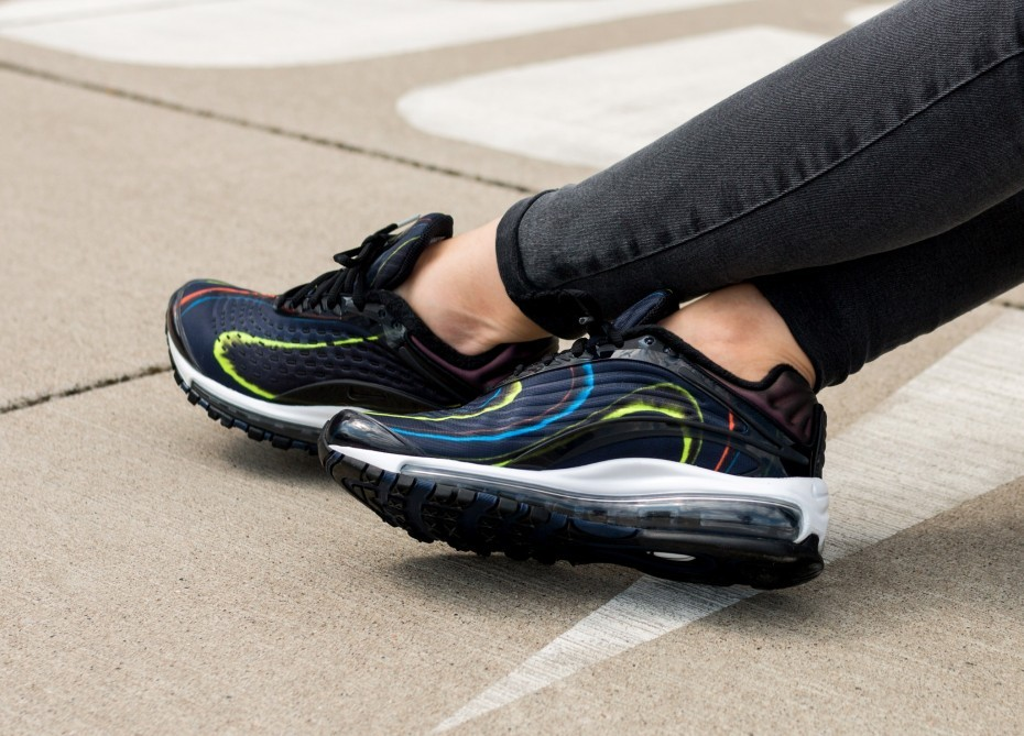 Nike Mujer Air Max Deluxe (Negras/Navy/Plateadas) AQ1272-001