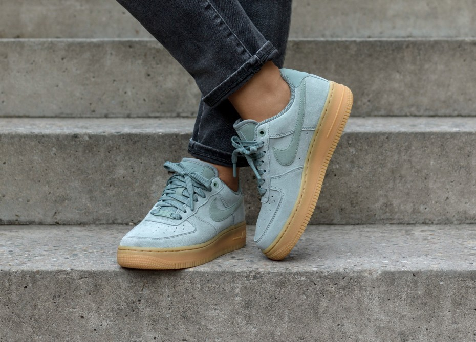 Nike Mujer Air Force 1 '07 SE (Verde/Marrones) AA0287-301