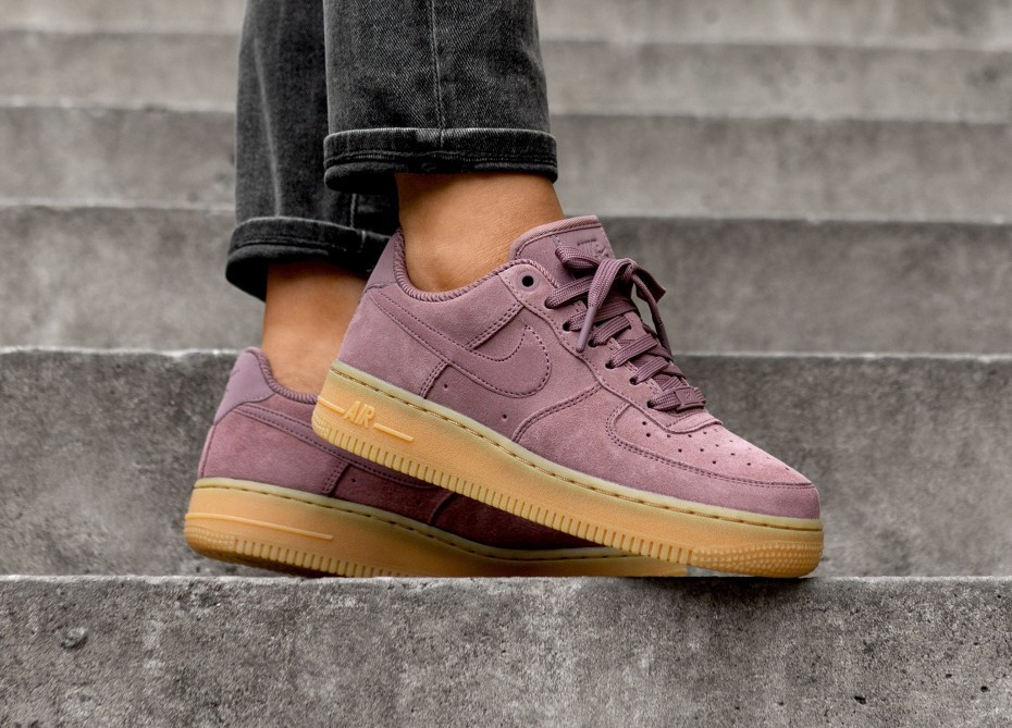 Nike Mujer Air Force 1 '07 SE (Smokey Mauve/Smokey Mauve) AA0287-201
