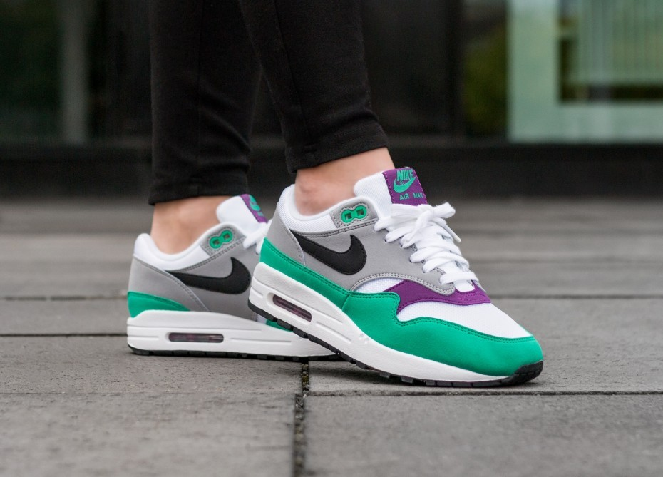 Nike Mujer Air Max 1 (Blancas/Negras/Grises/Clear Emerald) 319986-115