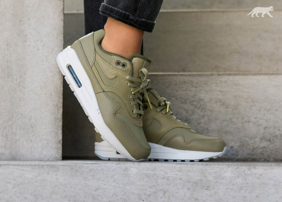 Nike Mujer Air Max 1 PRM (Olive/Olive) 454746-205
