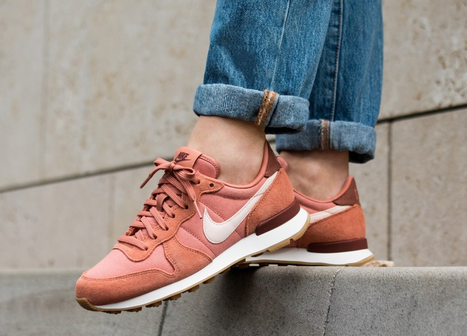 Nike Mujer Internationalist (Terra Blush/Guava Ice/Blancas) 828407-210