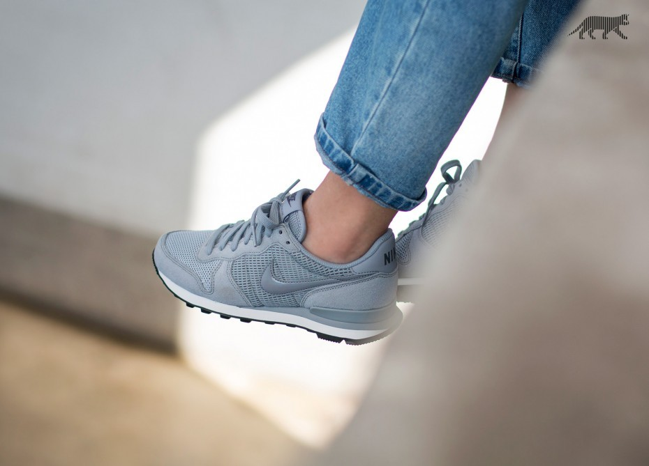 Nike Mujer Internationalist (Stealth/Grises oscuro/Blancas) 828407-004