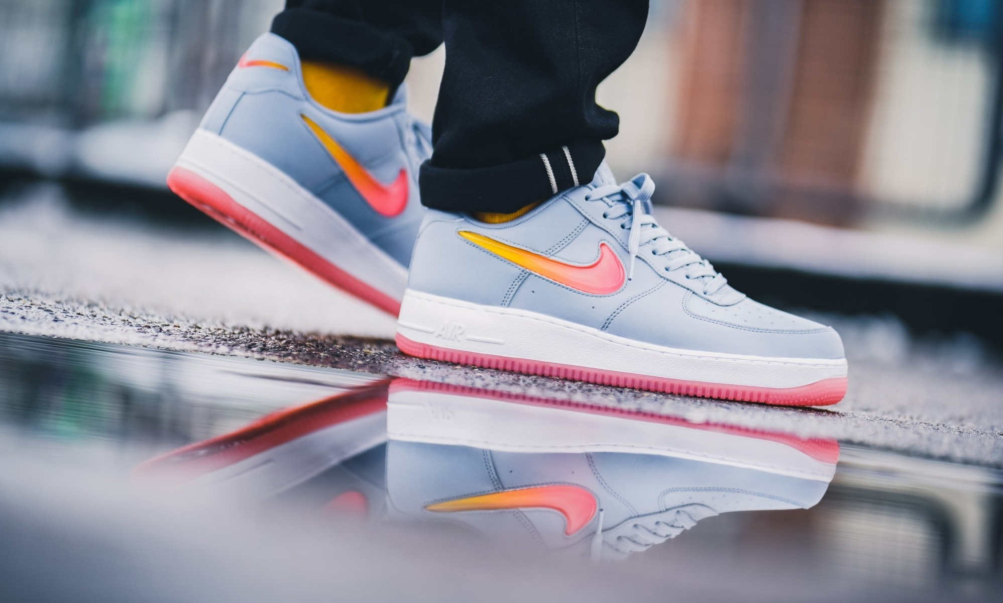 Nike Air Force 1 Jewel (Obsidian/Hot Punch-Rojas) AT4143-400