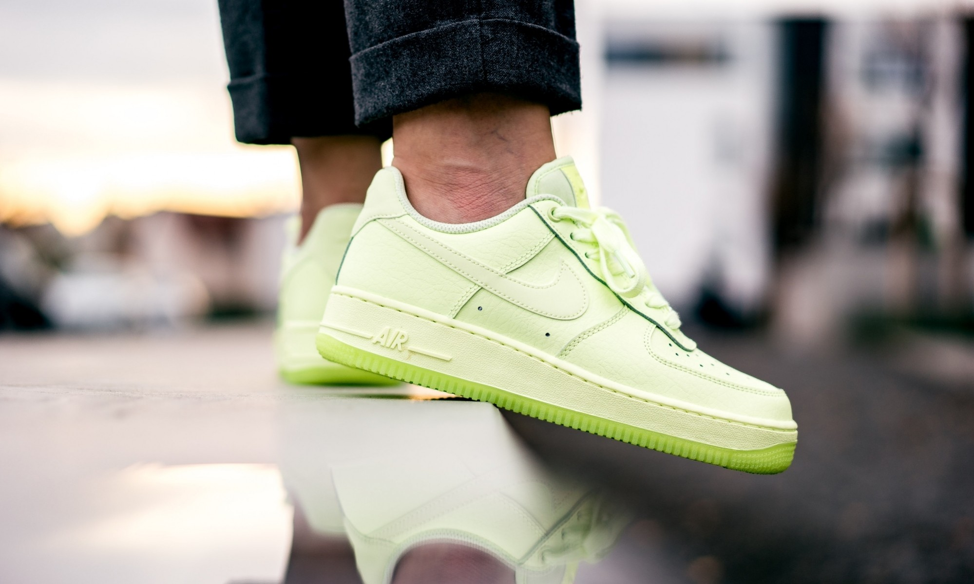 Nike Air Force 1 (Volt/Volt-Volt) AO2132-700