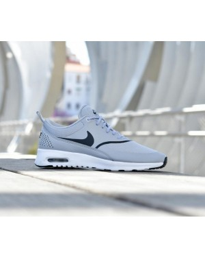 Nike Mujer Air Max Thea (Grises/Negras) 599409-030