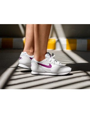 Nike Mujer Outburst (Blancas/Bright Grape/Negras) AO1069-109